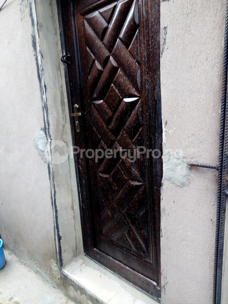 1 bedroom mini flat  Blocks of Flats House for rent Fragile street  Onipanu Shomolu Lagos - 3