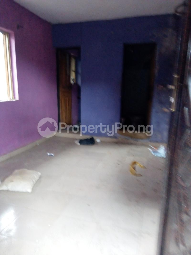 1 bedroom mini flat  Blocks of Flats House for rent Fragile street  Onipanu Shomolu Lagos - 4