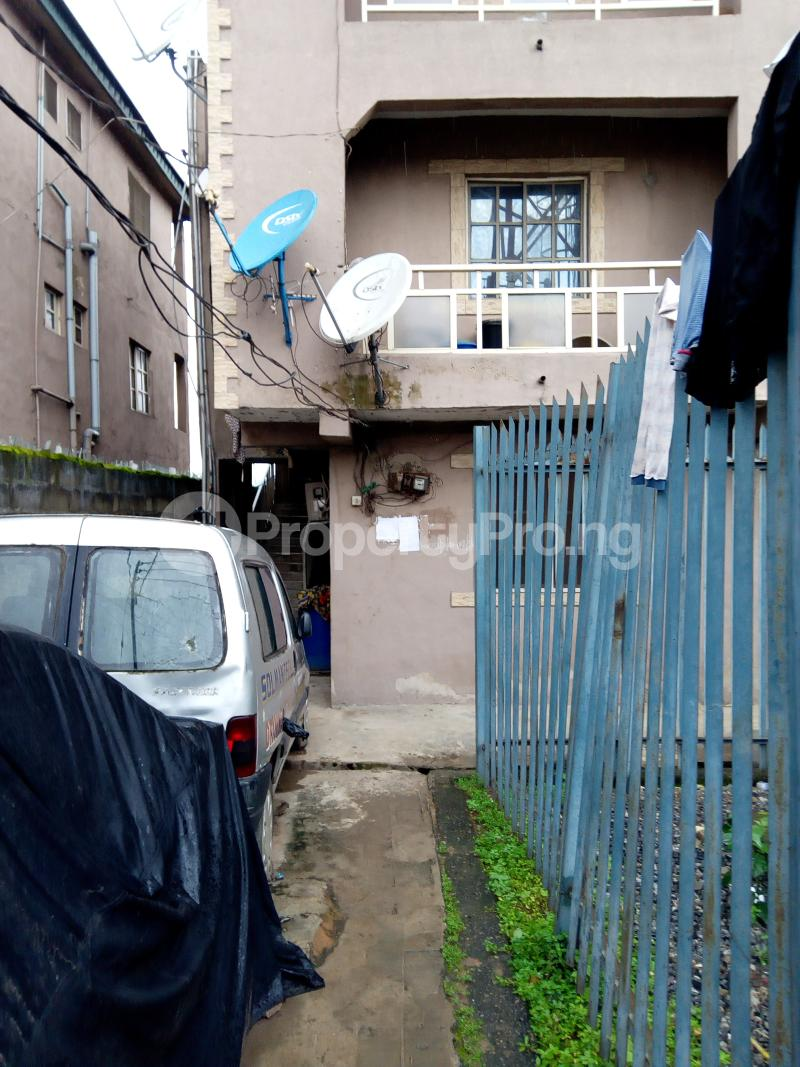 1 bedroom mini flat  Blocks of Flats House for rent Fragile street  Onipanu Shomolu Lagos - 1
