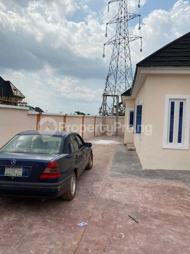 3 bedroom Detached Bungalow for sale Thinkers Corner Enugu Enugu - 3