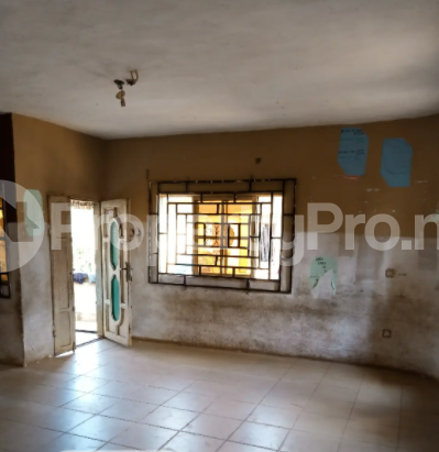 School Commercial Property for rent The Road Opposite Idumwuowina Primary School Oredo Edo - 3