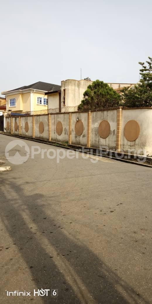 School Commercial Property for sale Sabo road  Berger Ojodu Lagos - 0