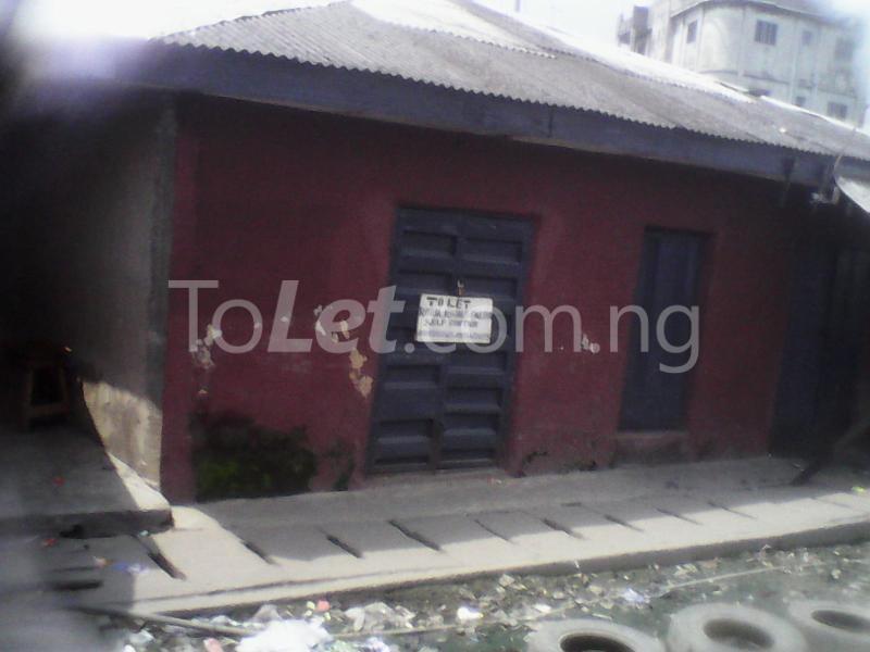 1 bedroom Self Contain for rent Ijoro Badia Ijora Apapa Lagos - 1