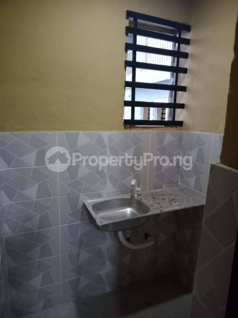 Self Contain for rent Idi Igbaro Ologuneru Ibadan Oyo - 6