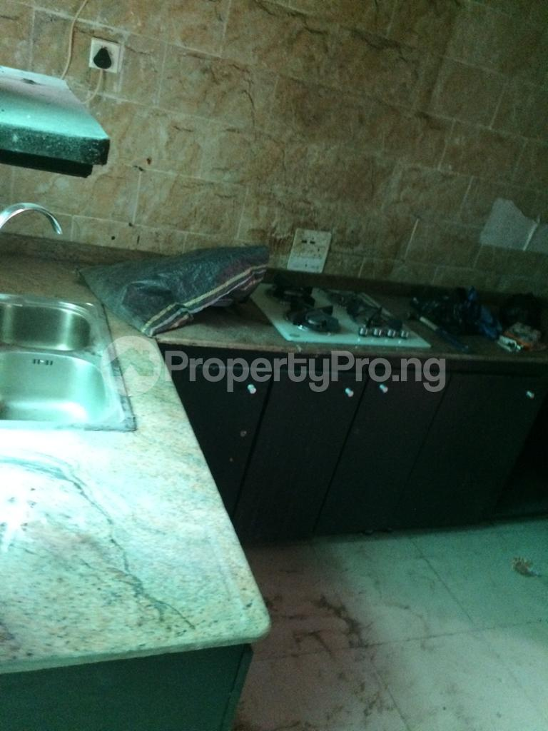 3 bedroom Flat / Apartment for rent off coker road Coker Road Ilupeju Lagos - 13