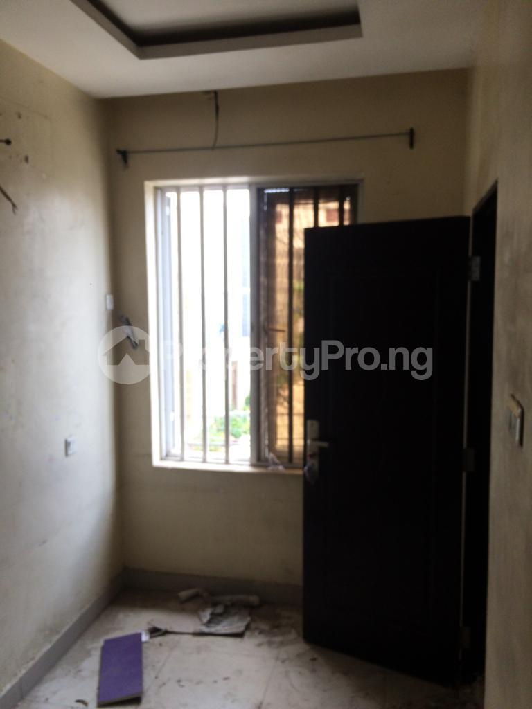 3 bedroom Flat / Apartment for rent off coker road Coker Road Ilupeju Lagos - 2