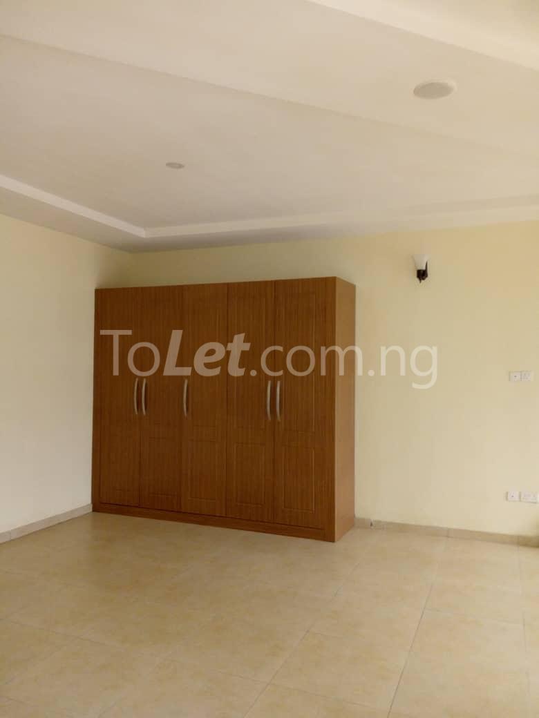 4 bedroom Shared Apartment Flat / Apartment for rent White oak Estate  Ologolo Lekki Lagos - 4