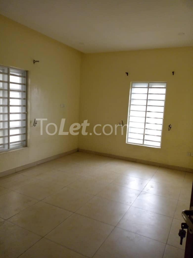 4 bedroom Shared Apartment Flat / Apartment for rent White oak Estate  Ologolo Lekki Lagos - 7