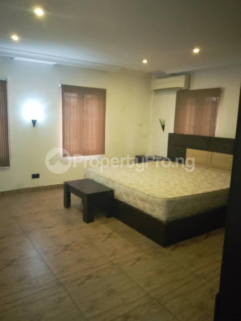 4 bedroom Shared Apartment Flat / Apartment for rent Bera Estate chevron Lekki Lagos - 3