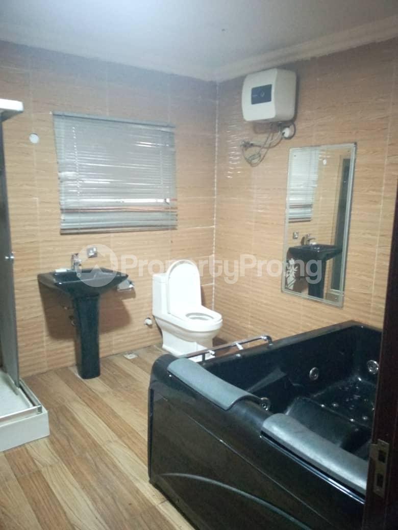 4 bedroom Shared Apartment Flat / Apartment for rent Bera Estate chevron Lekki Lagos - 5