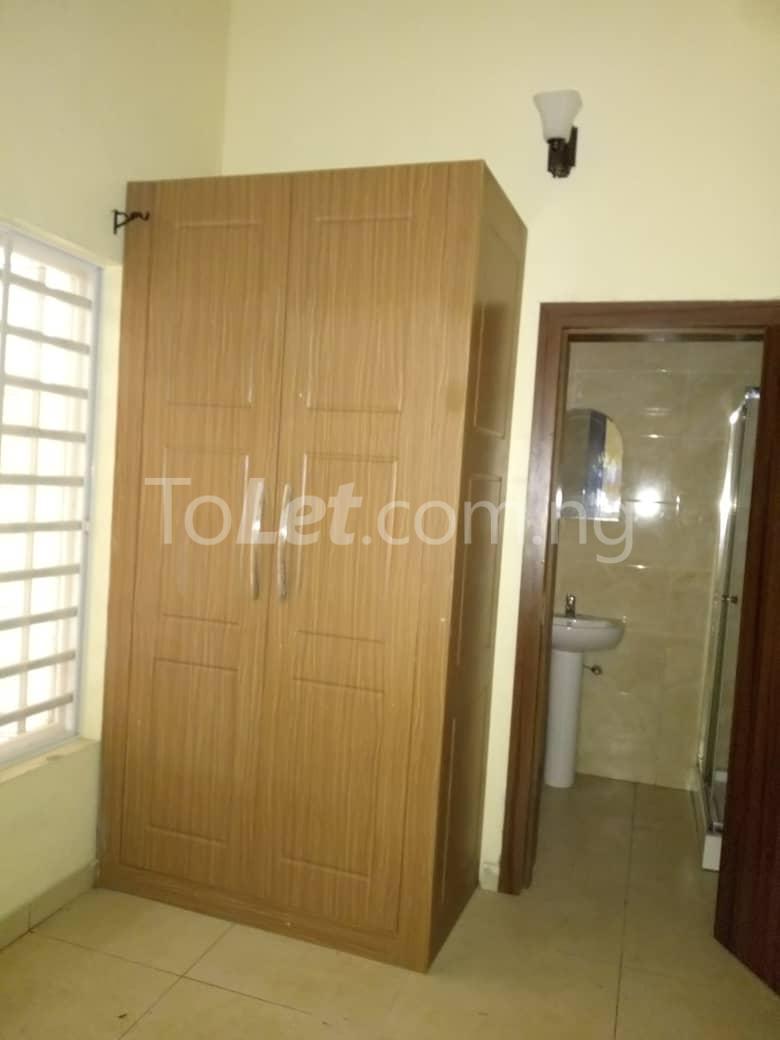 4 bedroom Shared Apartment Flat / Apartment for rent White oak Estate  Ologolo Lekki Lagos - 0