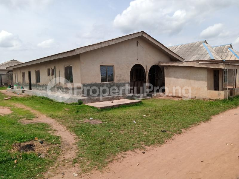 7 bedroom Semi Detached Bungalow House for sale 19, Oko Osi Sabo Owode Yewa Yewa South Yewa Ogun - 0
