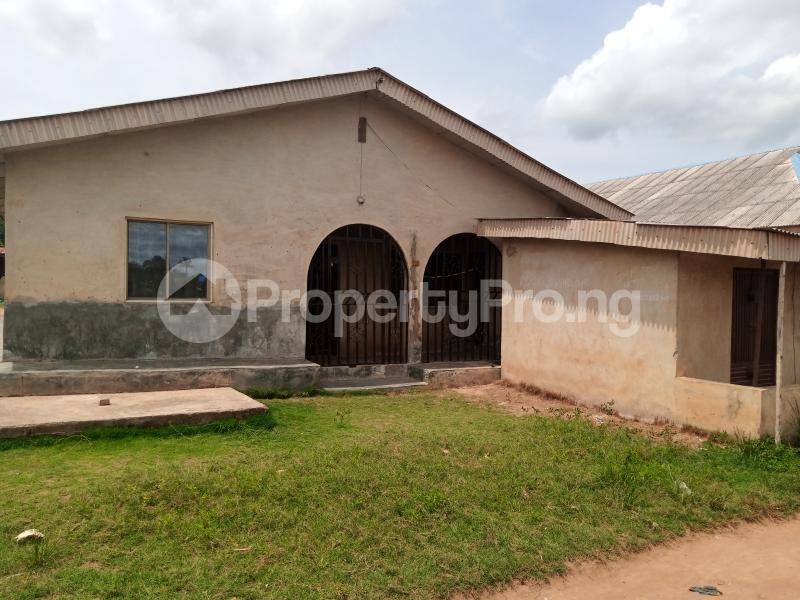 7 bedroom Semi Detached Bungalow House for sale 19, Oko Osi Sabo Owode Yewa Yewa South Yewa Ogun - 1