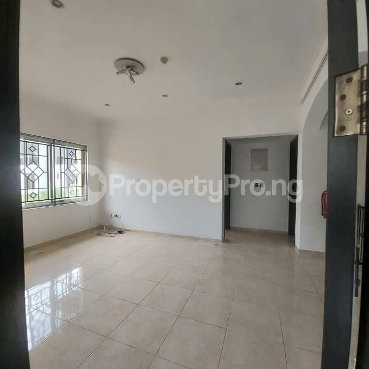 4 bedroom Massionette for rent Bank Road Old Ikoyi Ikoyi Lagos - 3