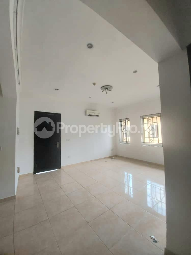 4 bedroom Massionette for rent Bank Road Old Ikoyi Ikoyi Lagos - 5