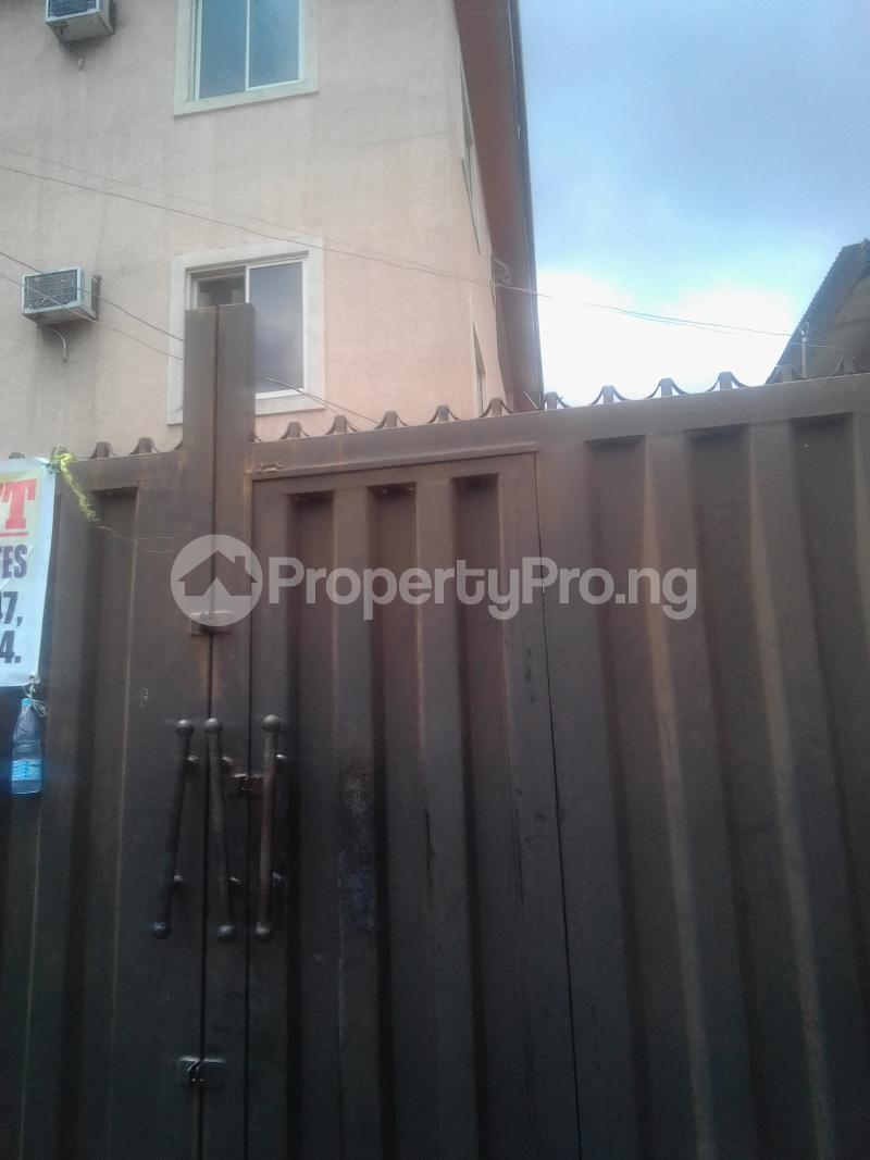 3 bedroom Flat / Apartment for rent Pedro Phase 1 Gbagada Lagos - 6