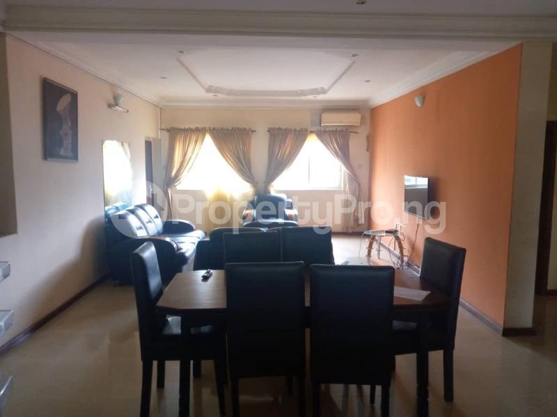 3 bedroom Blocks of Flats for rent Onireke Axis Jericho Ibadan Oyo - 2