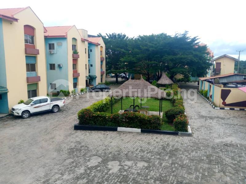 3 bedroom Blocks of Flats for rent Onireke Axis Jericho Ibadan Oyo - 4