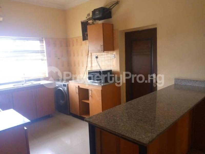 3 bedroom Blocks of Flats for rent Onireke Axis Jericho Ibadan Oyo - 3