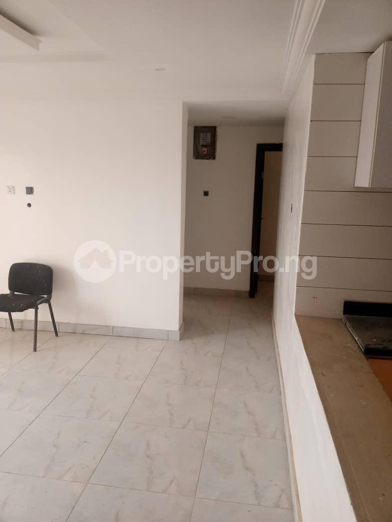 3 bedroom Flat / Apartment for sale Olaleye New Town Estate By Mutual Alpha Court Alaka/Iponri Surulere Lagos - 4