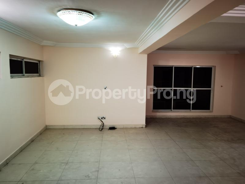 2 bedroom Penthouse for rent At Shonibare Estate Maryland Lagos - 3