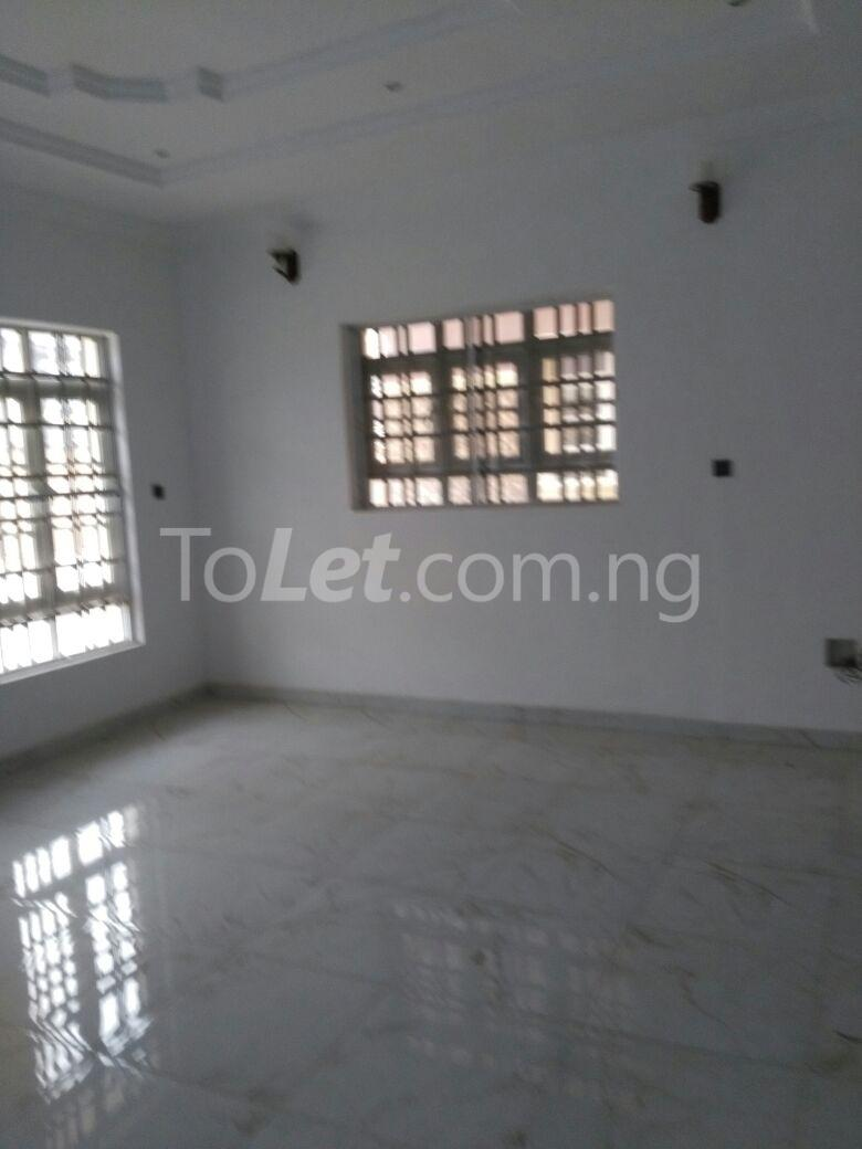 3 bedroom House for rent Mende Mende Maryland Lagos - 0