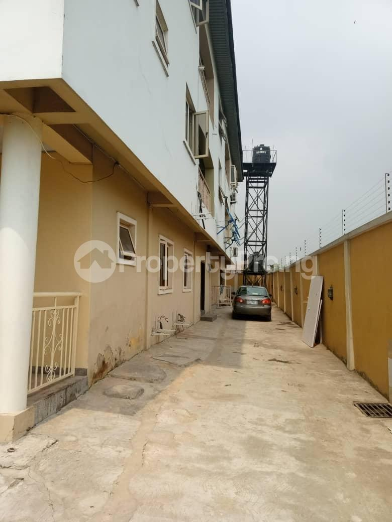 3 bedroom Flat / Apartment for rent Ebun north estate  Mende Maryland Lagos - 3