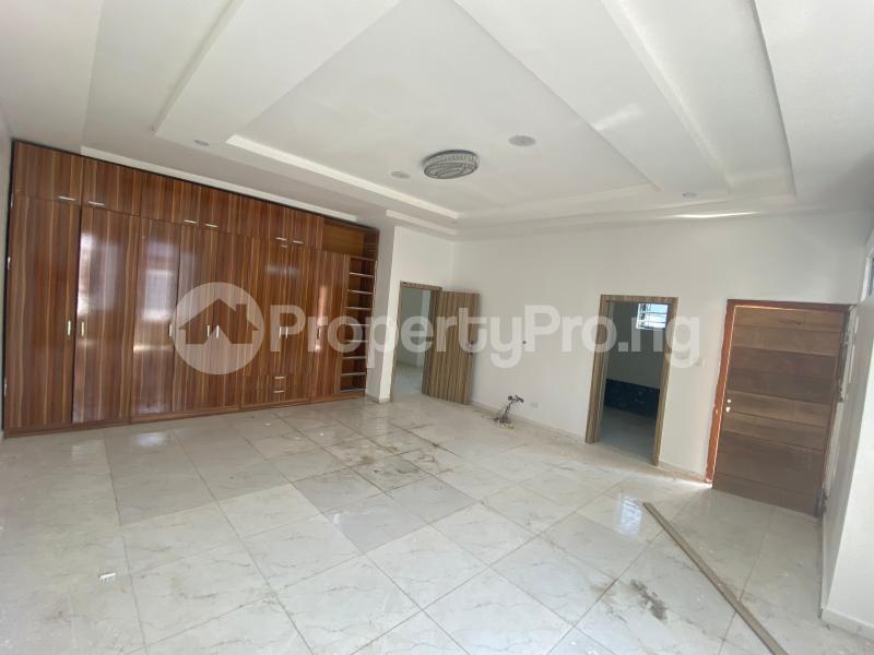 4 bedroom Semi Detached Duplex House for sale Chevron drive  chevron Lekki Lagos - 10