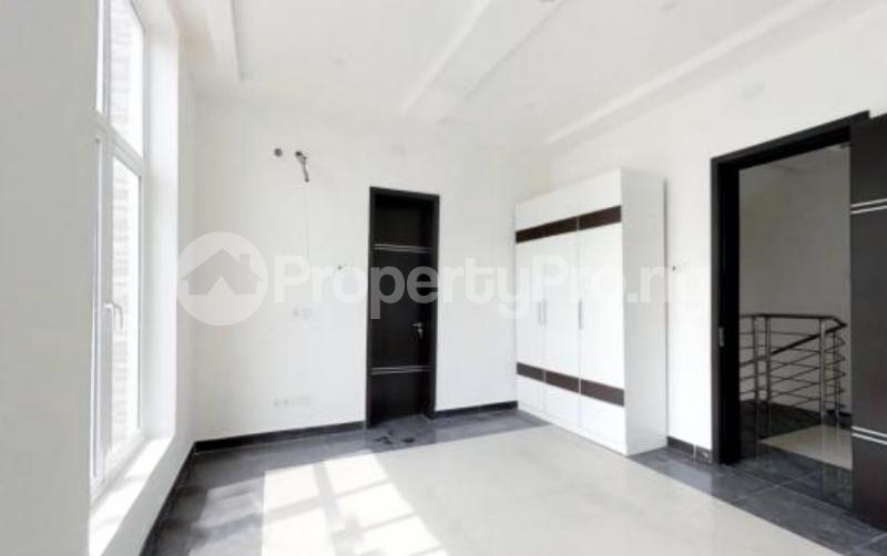 4 bedroom Semi Detached Duplex House for sale In an Estate Near ShopRite Osapa london Lekki Lagos - 15