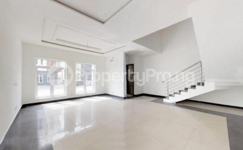 4 bedroom Semi Detached Duplex House for sale In an Estate Near ShopRite Osapa london Lekki Lagos - 10