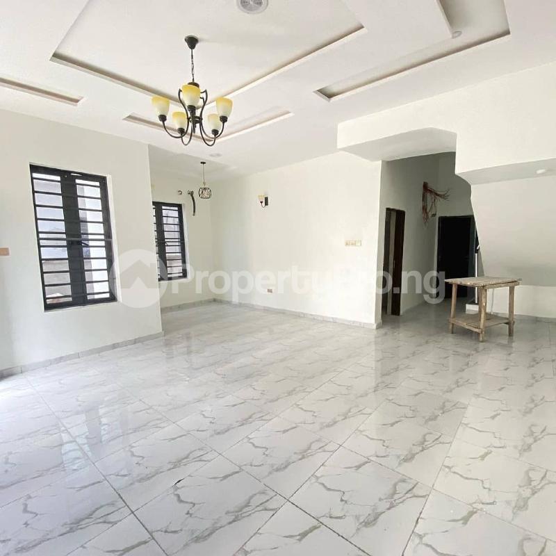 4 bedroom Detached Duplex for sale By Chevron Toll Gate chevron Lekki Lagos - 3