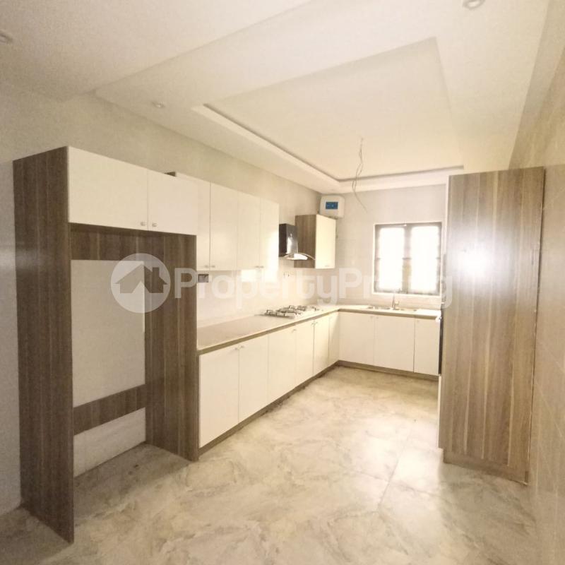 4 bedroom Terraced Duplex for sale Osapa Axis Ologolo Lekki Lagos - 3