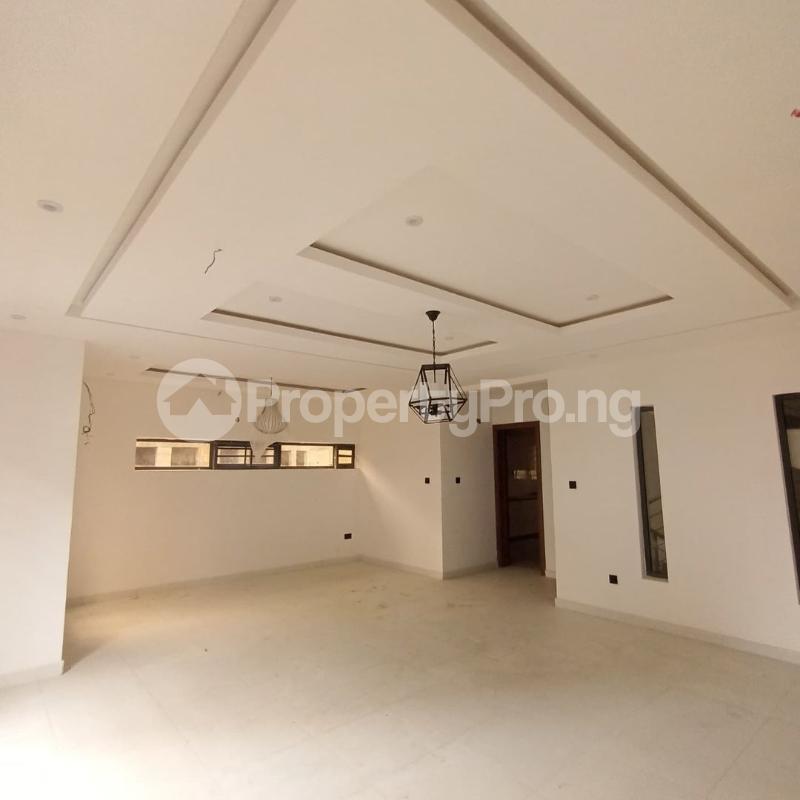 4 bedroom Terraced Duplex for sale Osapa Axis Ologolo Lekki Lagos - 2