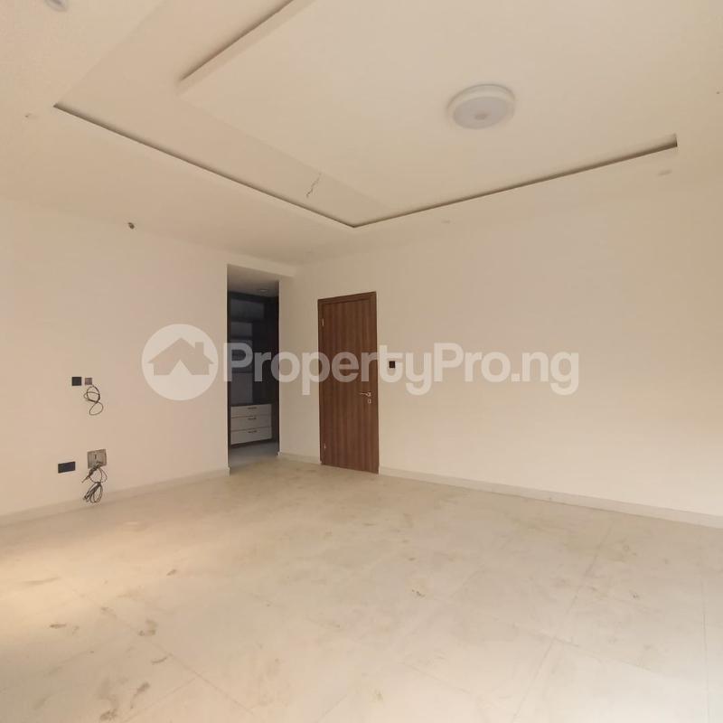 4 bedroom Terraced Duplex for sale Osapa Axis Ologolo Lekki Lagos - 6