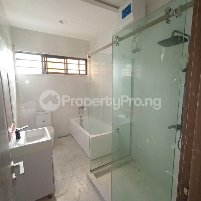 4 bedroom Terraced Duplex for sale Osapa Axis Ologolo Lekki Lagos - 7