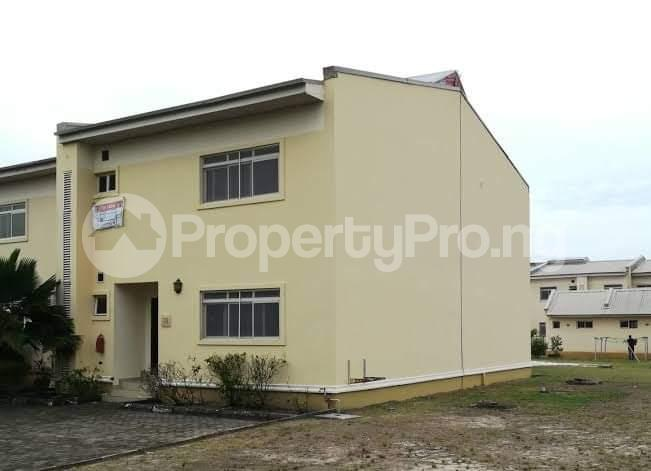 4 bedroom Terraced Duplex House for rent Romay Garden Estate, Ilasan Lekki Lagos - 8