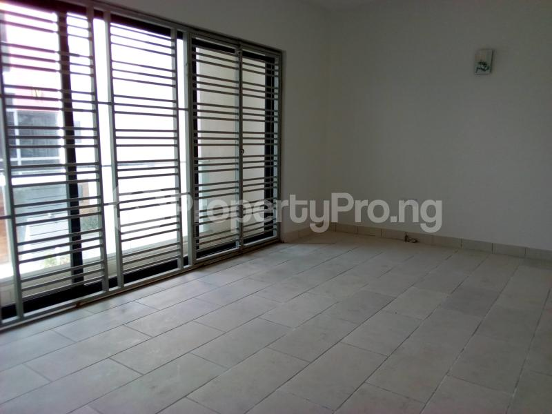 4 bedroom Terraced Duplex House for sale Before Canal Agungi Lekki Lagos - 40