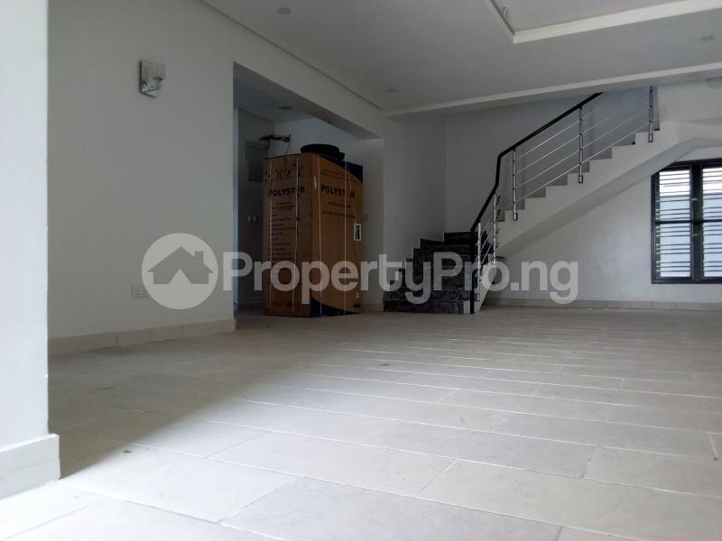 4 bedroom Terraced Duplex House for sale Before Canal Agungi Lekki Lagos - 17