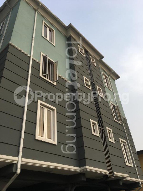 3 bedroom Flat / Apartment for sale Ajose Street Mende Maryland Lagos - 0