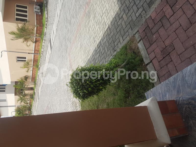 4 bedroom Terraced Duplex for sale Peace Estate Bode Thomas Surulere Lagos - 3