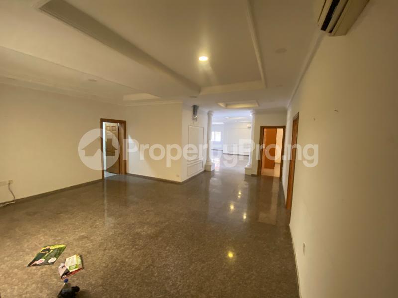 3 bedroom Flat / Apartment for rent Off admiralty road  Lekki Phase 1 Lekki Lagos - 20