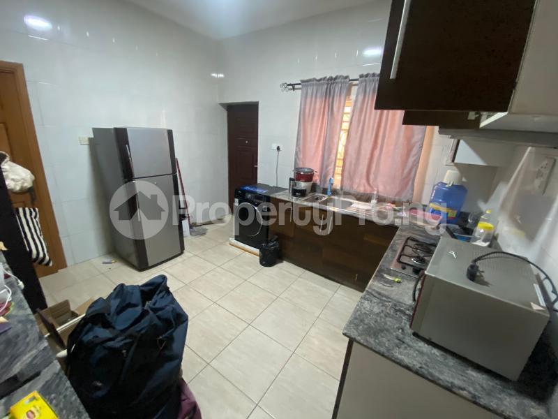 3 bedroom Flat / Apartment for rent Off admiralty road  Lekki Phase 1 Lekki Lagos - 19