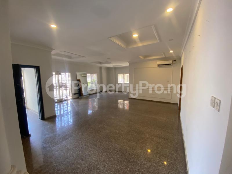 3 bedroom Flat / Apartment for rent Off admiralty road  Lekki Phase 1 Lekki Lagos - 3