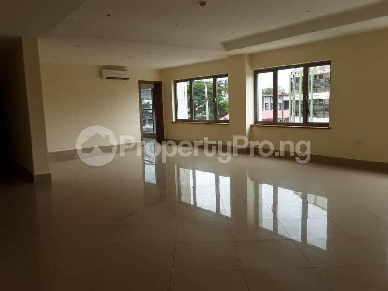 3 bedroom Penthouse Flat / Apartment for rent Kofo Abayomi  Kofo Abayomi Victoria Island Lagos - 15