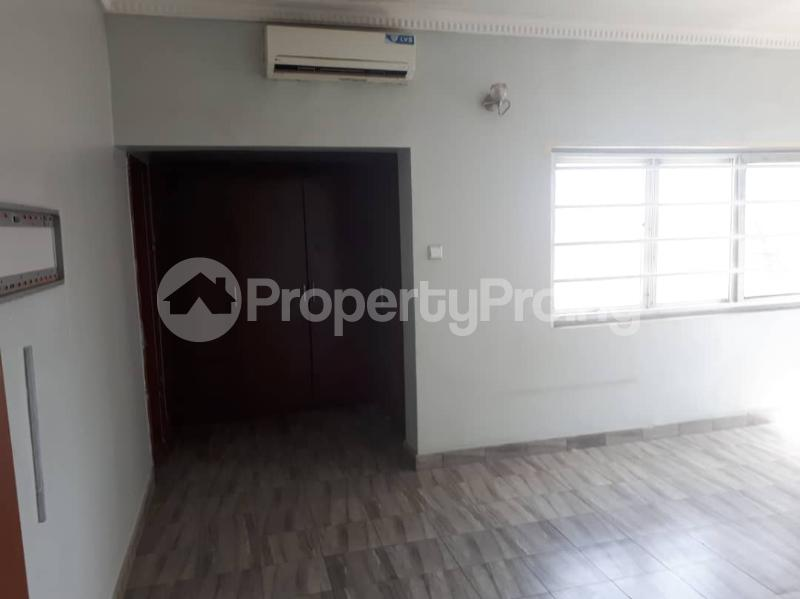 4 bedroom Flat / Apartment for rent Safe Court Apartments, Ojulari road, Ikate Elegushi, Lekki Ikate Lekki Lagos - 2