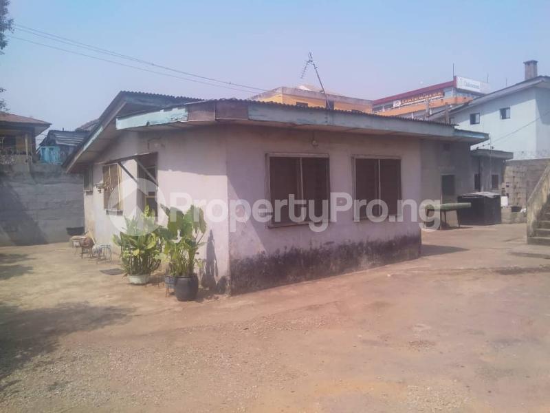 7 bedroom Detached Bungalow House for sale ---- Onipanu Shomolu Lagos - 1