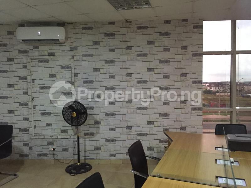 Desk Co working space for shortlet Aperin House, Lekki-Epe Expressway Thomas estate Ajah Lagos - 2