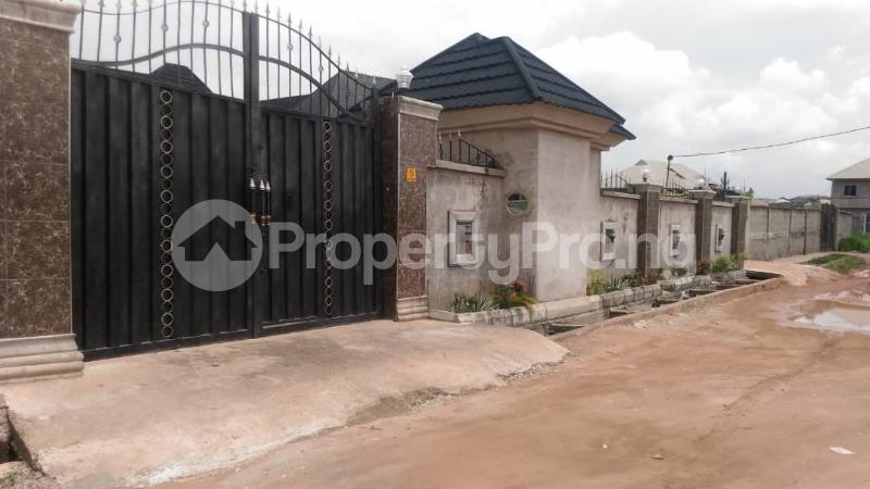 3 bedroom Detached Bungalow House for sale Close to Ago palace way Bucknor Isolo Lagos - 4
