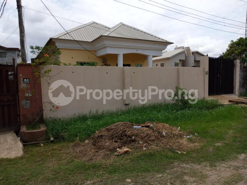 6 bedroom Detached Bungalow House for sale Crystal estate, beside cooperation estate,Amuwo Apple junction Amuwo Odofin Lagos - 0