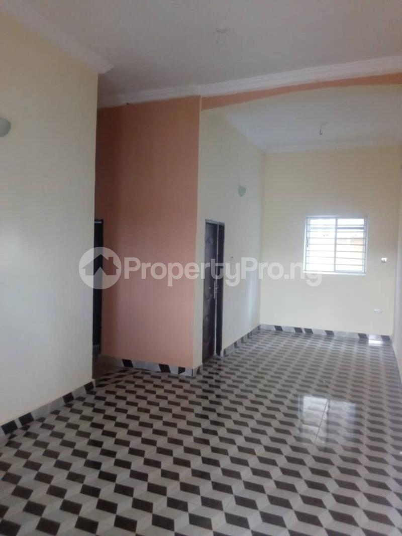 3 bedroom Shared Apartment Flat / Apartment for sale Chime Estate,Thinkers Corner Old airport road  Enugu Enugu - 7